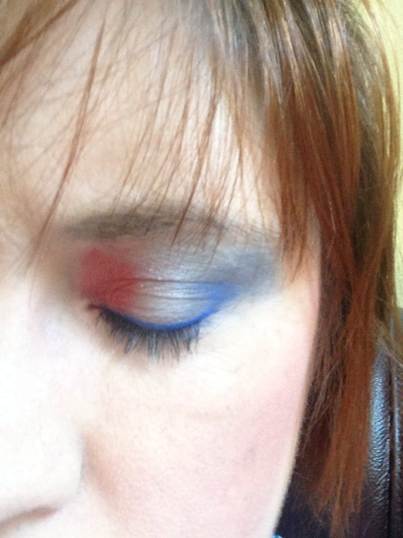 Illustration for article titled Ladies and gentlemen, the most patriotic eye makeup EVER!