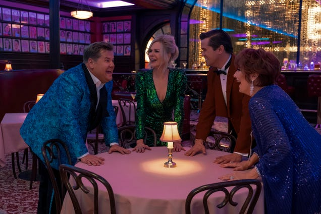 An all-star cast goes to The Prom in Ryan Murphy's insufferable Broadway adaptation