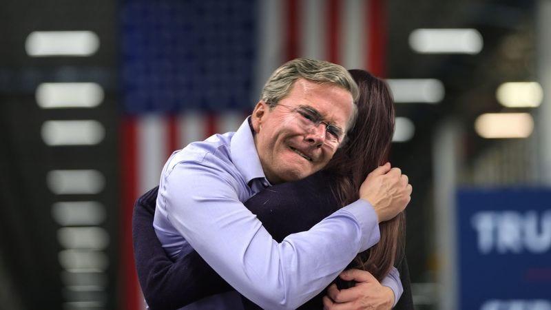 iowan comforts sobbing jeb bush at town hall