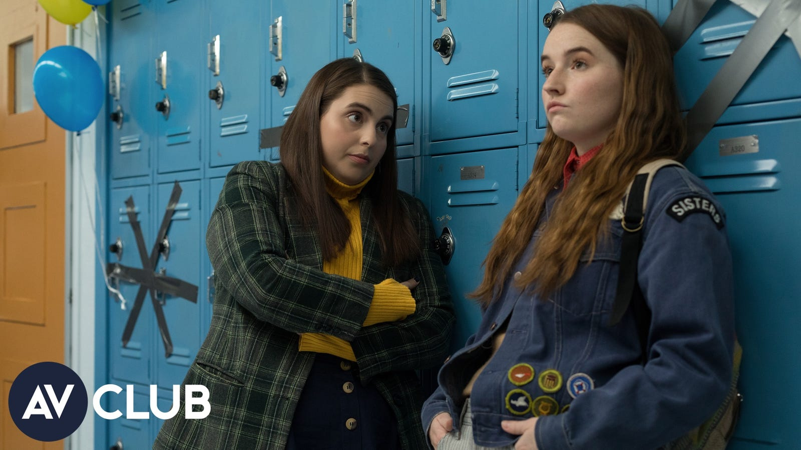 Kaitlyn Dever and Beanie Feldstein on Booksmart and their shared Kacey Musgraves obsession