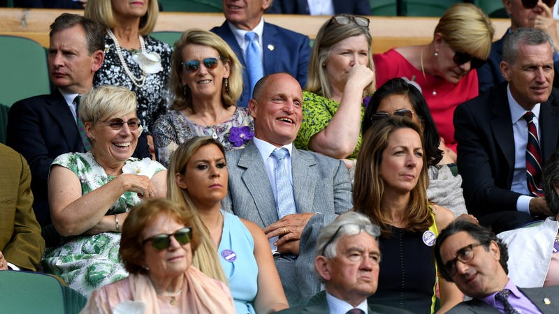 Illustration for article titled Woody Harrelson is the new king of Wimbledon