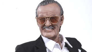 Illustration for article titled The First-Ever 1:6 Stan Lee Figure Is Equal Parts Amazing And Terrifying