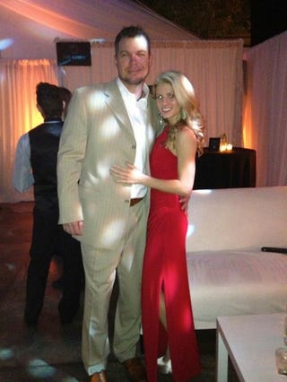 Illustration for article titled Fat Chipper Jones Has Divorced His Wife And Is Now Dating Playboy Model Taylor Higgins, AKA Lexi Ray