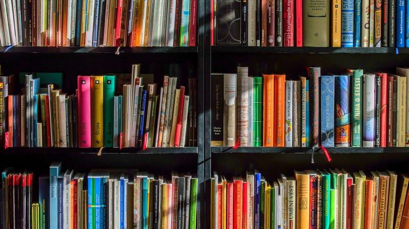 Consigue $5 de descuento en libros físicos, compras de $20   Amazon   Usa el código NOVBOOK18