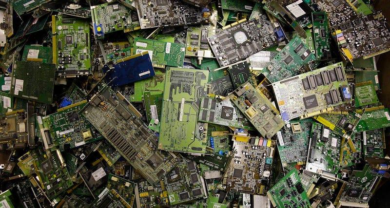 Illustration for article titled La sucia realidad de la basura electrónica en la UE: el 65% nunca se recicla