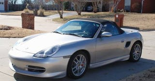 Illustration for article titled This 2002 Porsche Boxster S Asks $11,750, Is Claimed Balls-Out Fast