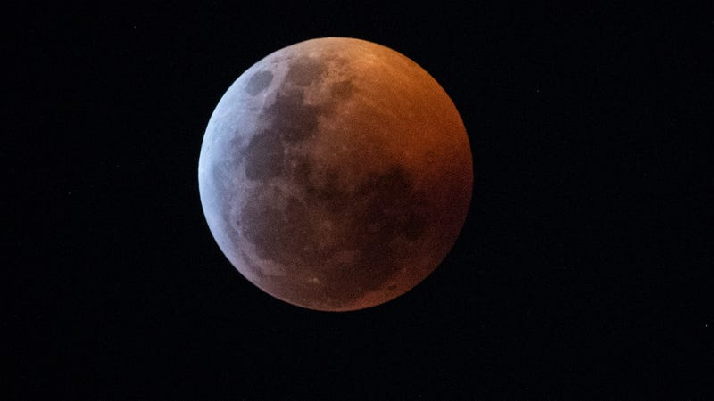 Science FTW! NASA Just Posted A Tweet Announcing That They're Thinking About Doing A Lunar Eclipse Tonight If There's Any Interest