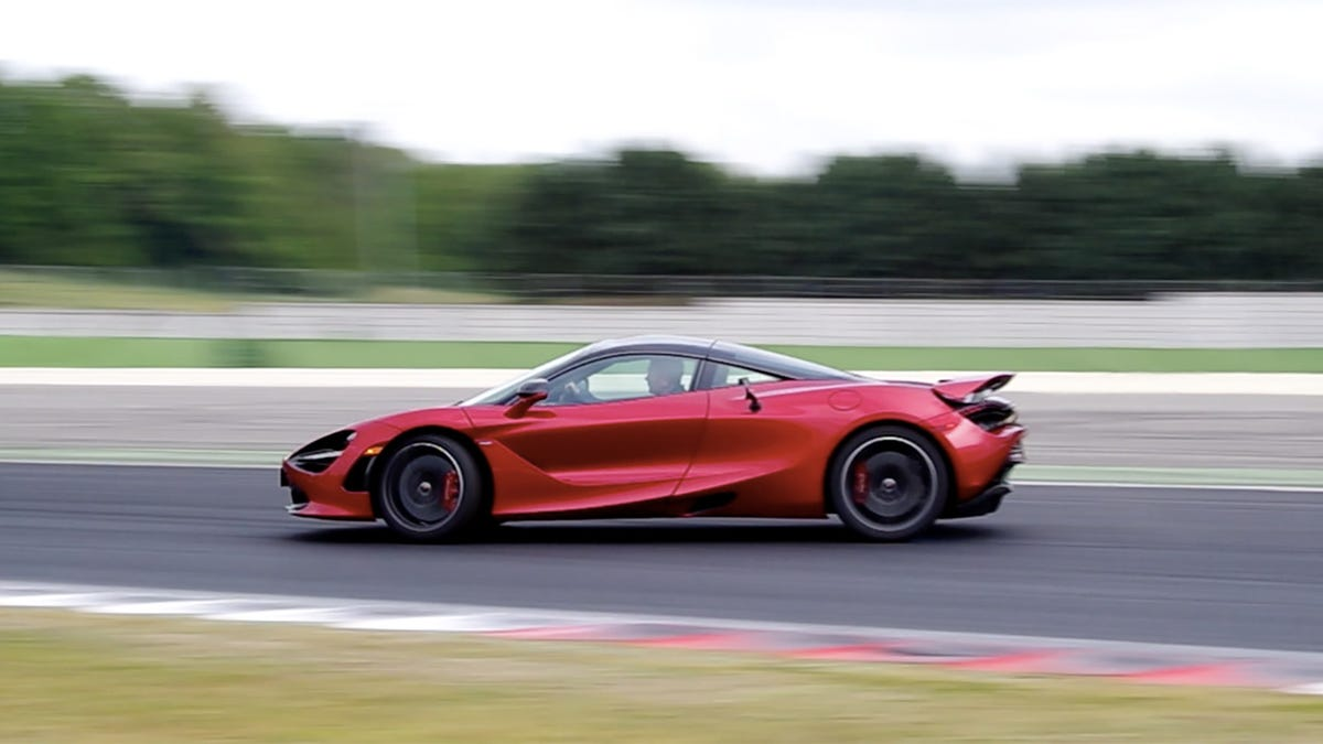 The Mclaren 720s Is A Cosmically Fast Supercar That Teaches You To Drive Hotwheels