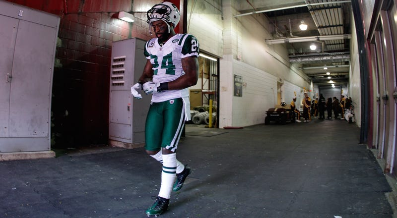 Illustration for article titled Darrelle Revis Signs With Jets