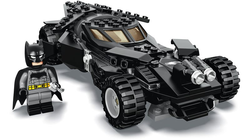 Illustration for article titled Our First Look At the New Batman v Superman Batmobile Lego Set