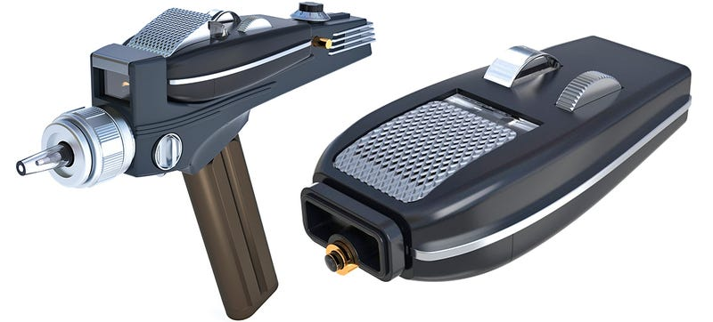 A Star Trek Phaser TV Remote Is Perfect For Fast Forwarding