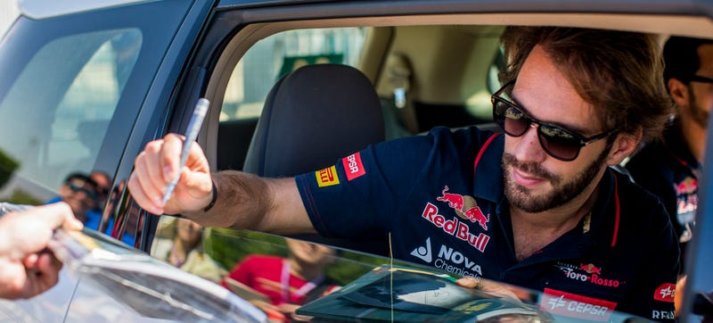 Illustration for article titled Jean-Eric Vergne Is Out Of Toro Rosso