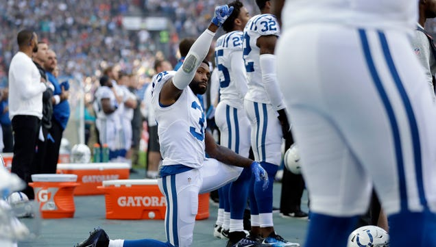 Antonio Cromartie's Wife Says He Was Cut Over National Anthem P…