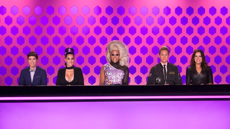 Illustration for article titled Drag Race season 9 finally reaches excellence when the queens make TV pilots