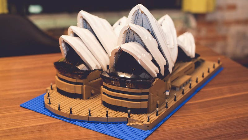 Review Lego Sydney Opera House Is 2989 Bricks Of Awesome