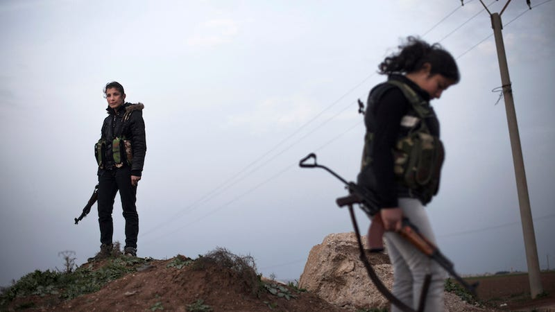 Illustration for article titled Female Kurdish Fighters Take Up Arms Against the Islamic State