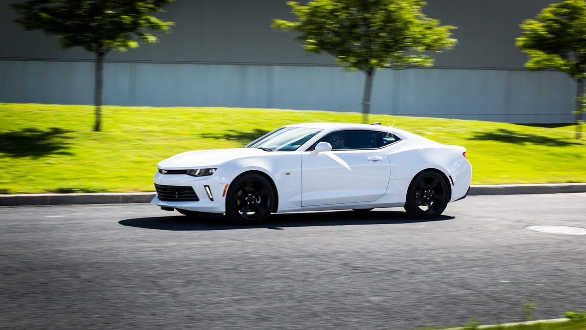 2017 Chevrolet Camaro 20t Automatic The Base Model No Longer Sucks Chevy 3 4l Engine