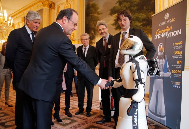 Donald Trump Has Never Publicly Shaken Hands With a Robot