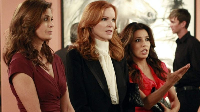 Illustration for article titled Desperate Housewives creator promises eight seasons and no movie
