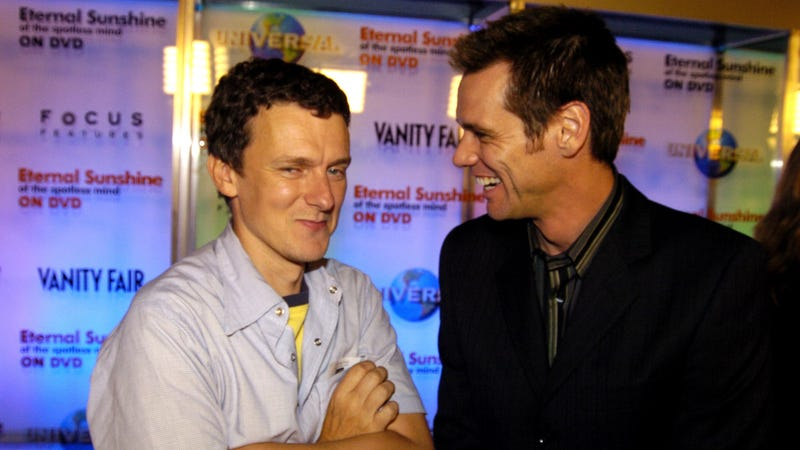 Carrey and Gondry in 2004. (Photo: Jeff Kravitz/Getty Images)