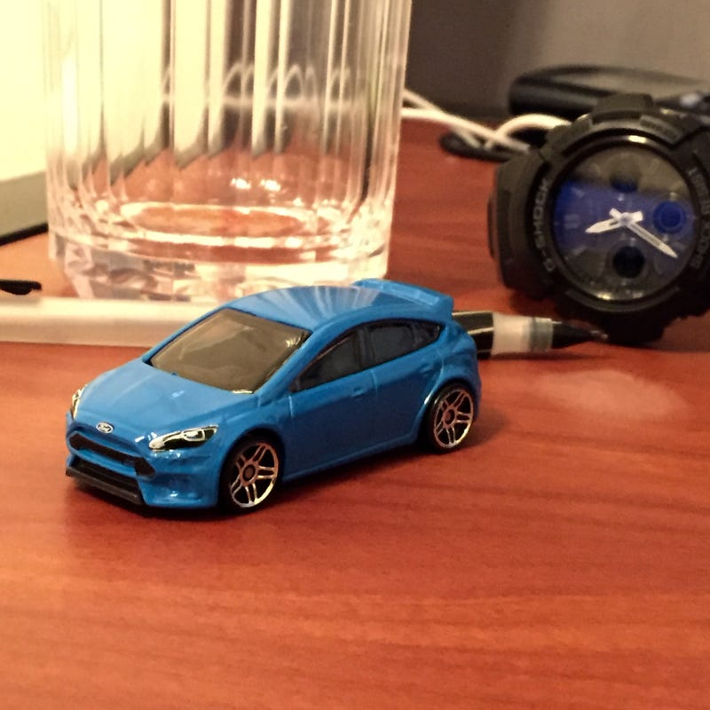 Illustration for article titled Focus RS meets desk