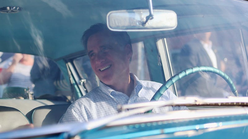 Illustration for article titled Mitt Romney Trades In Mustang For 15-Passenger Van In Worst Swap Ever