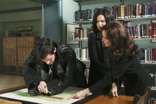 Illustration for article titled Once Upon a Time Episode 2.14 Promo Photos