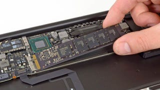 Illustration for article titled MacBook Air 2012 Teardown: Same Skinny Body, New Beefy Guts