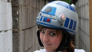 Illustration for article titled Must Have R2-D2 Bike Helmet