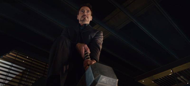 Illustration for article titled El martillo de Thor protagoniza el nuevo tráiler de Los Vengadores 2