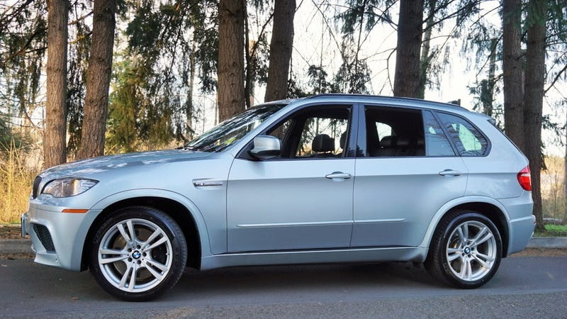 Illustration for article titled At $16,995, Could This 2010 BMW X5 M Twin Turbo put the Sport in Your Utility?