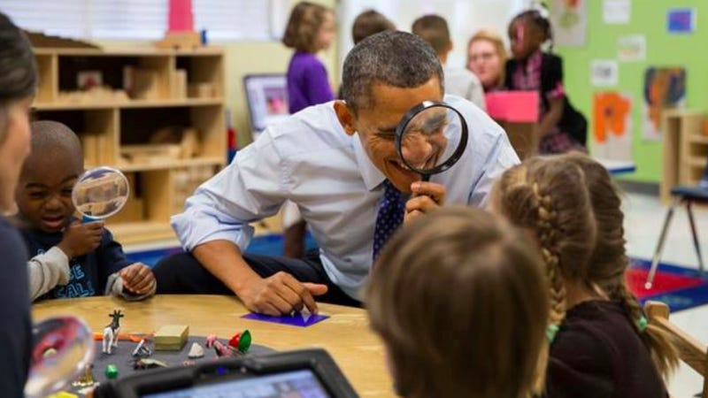 Illustration for article titled Get a Close Look at the Most Adorable President Obama Photo EVER