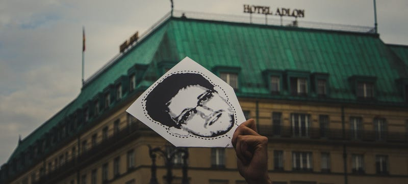 Illustration for article titled Edward Snowden Has Been Granted 3 Years of Residency in Russia