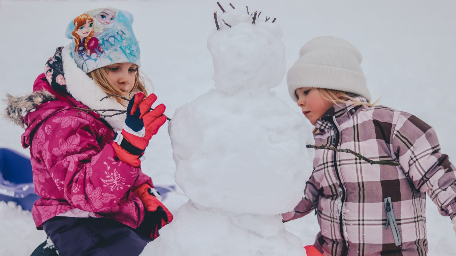 How to Build the Best Snowman, According to Science