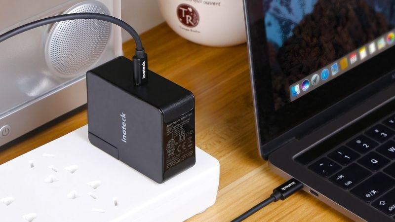 Cargador USB-C Inateck 45W, $25 con código GT2ZZVWT