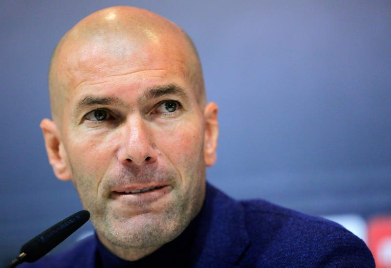 Illustration for article titled Zinedine Zidane's Return To Real Madrid Will Be Much Harder This Time