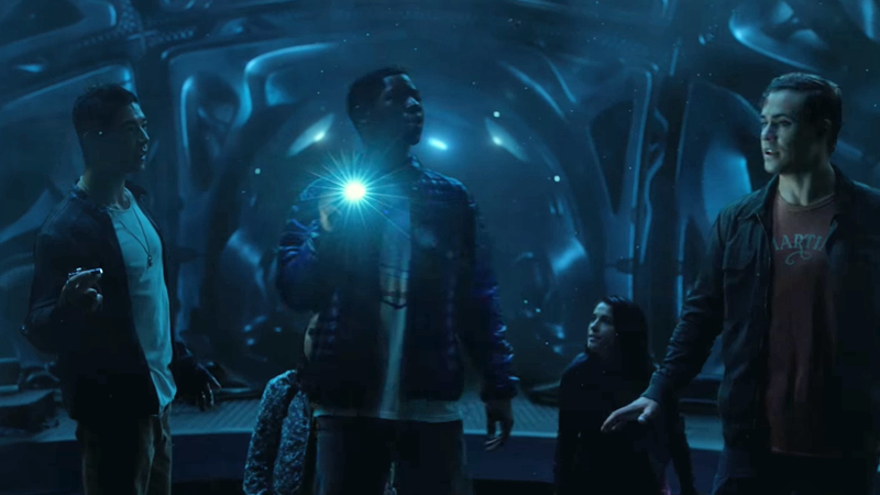 Illustration for article titled The Power Rangers Are Awed by a Very Dark Room in the First Movie Clip
