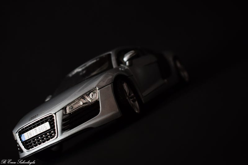 Illustration for article titled My First 1:18 Diecast (Audi R8)
