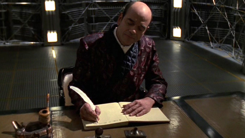 Also, every employee in a Star Trek writers room should be forced to dress and script shows like this. Good house rule.