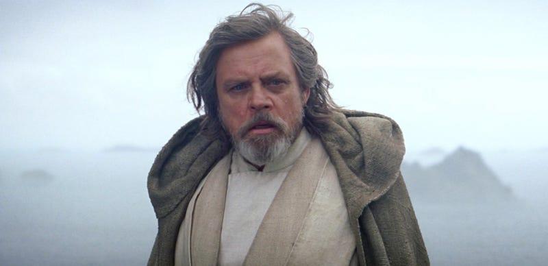 Illustration for article titled Ya sabemos qué estuvo haciendo Luke Skywalker antes de los acontecimientos de Star Wars: The Force Awakens