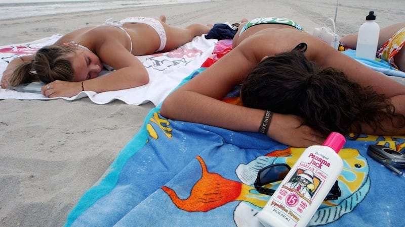 Illustration for article titled Texas School District Bans Sunscreen as a 'Toxic Substance'