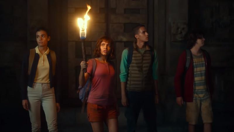 Illustration for article titled La nueva película de Dora la Exploradora parece una extraña mezcla entre Tomb Raider y los Goonies
