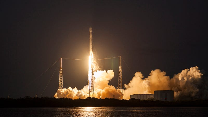 Falcon 9 rocket blasts off from historic launch pad