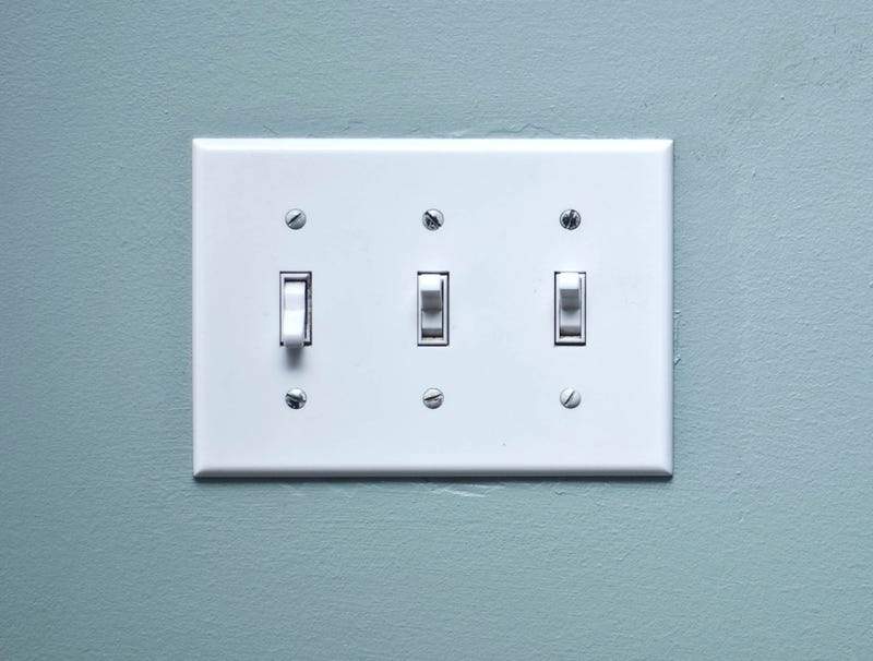 Illustration for article titled Nobody Knows What Third Light Switch Does