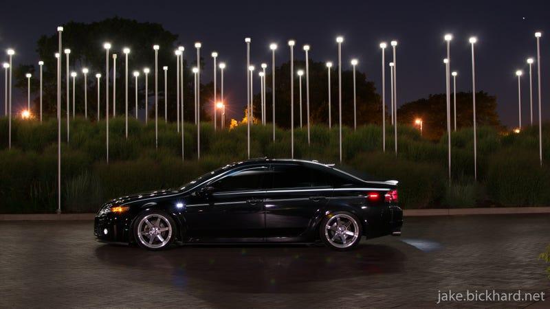 Illustration for article titled Luxury Sport Sedan