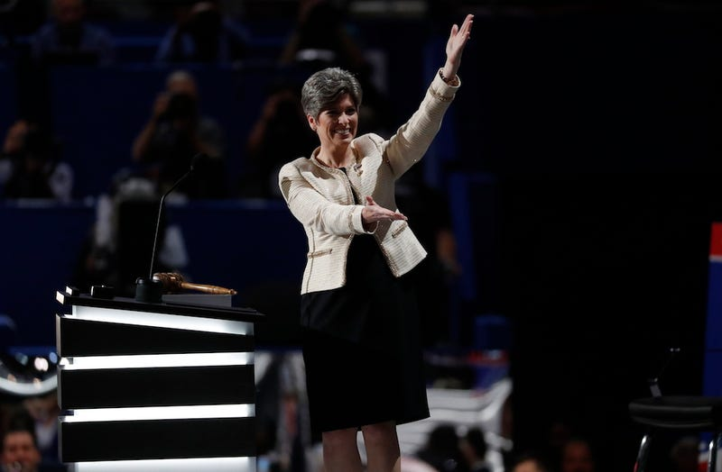 Joni Ernst and knees at the RNC, via AP.