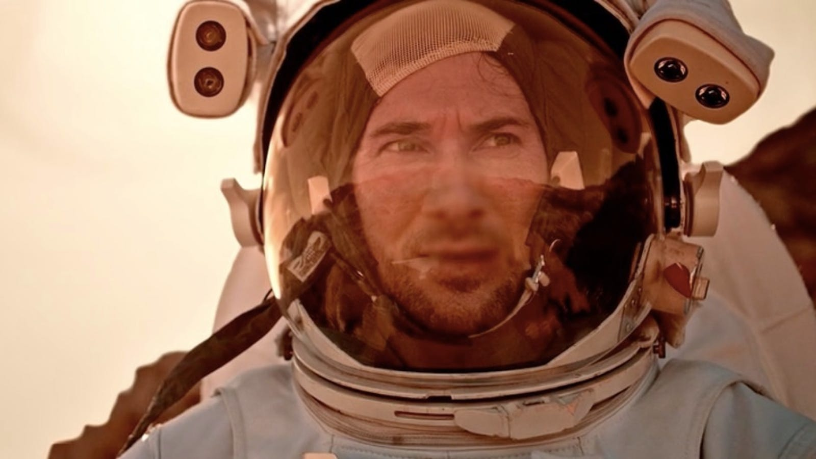 An Astronaut Faces His Worst Fears in Impressive Scifi Short Icarus