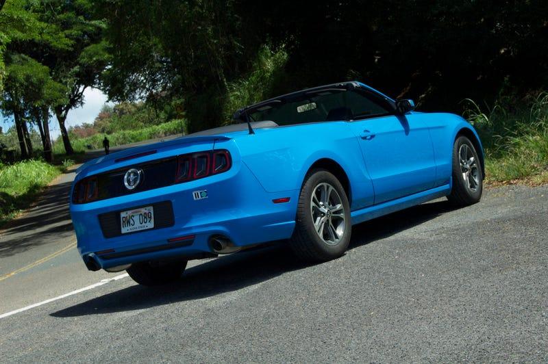 983dc2b4b0 Ford Mustang V6 Convertible - Passenger Seat Review
