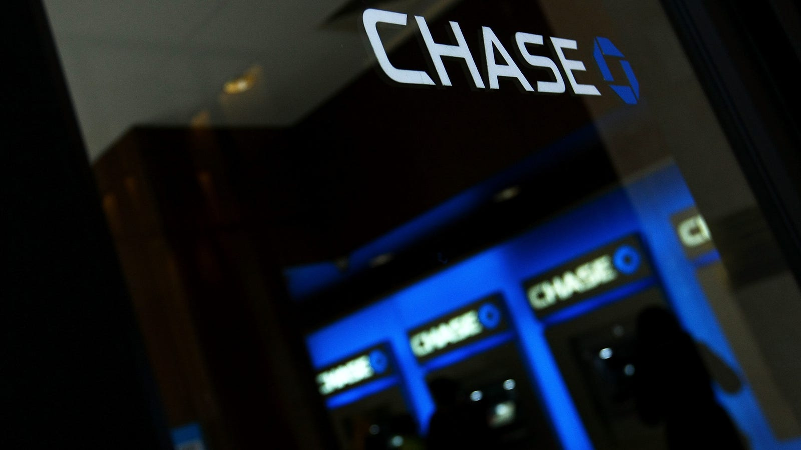 Temporarily lock and unlock your Chase credit cards from your phone forecast