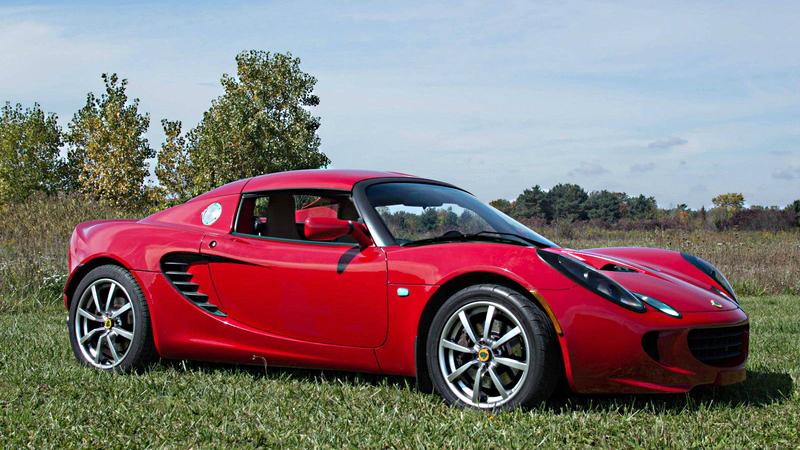 Illustration for article titled You Can Buy This Gorgeous Lotus Elise For The Price Of A Mazda Miata